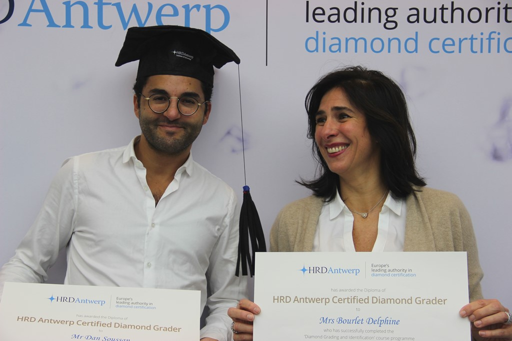 Certified Diamond Grader | French