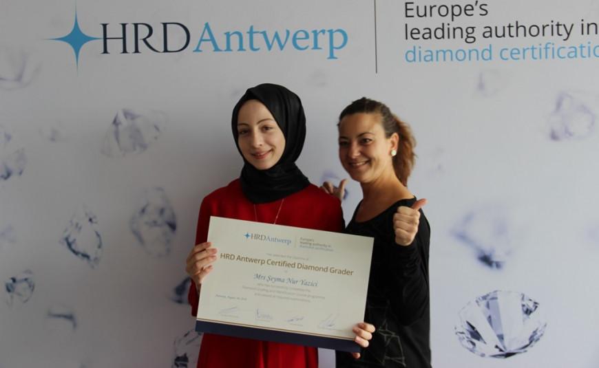 Certified Diamond Grader | English (PR-TURCDG-1807)