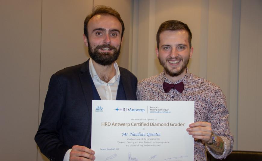 Certified polished diamond grader